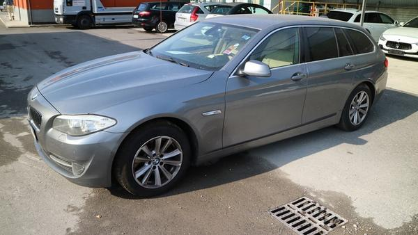 1#4536 BMW 530D TOURING