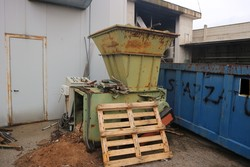 Waste collection bins and tanks - Lot 2 (Auction 4545)