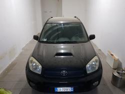Autovettura Toyota Rav4