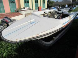 White boat - Lot 15 (Auction 4549)