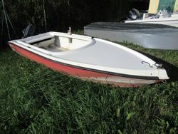Natante modello Cofano - Lotto 24 (Asta 4549)