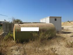 Metal tank - Lot 5 (Auction 4552)