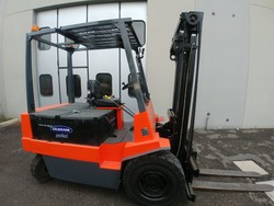 Cesab Om and Still electric forklifts - Lot  (Auction 4558)