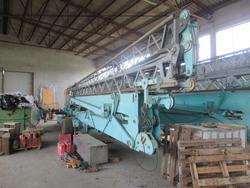 Self erecting crane Cattaneo - Lote 2 (Subasta 4569)
