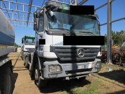 Trattore stradale Mercedes Actros 4144 B V6 - Lotto 3 (Asta 4601)