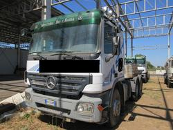 Trattore stradale Mercedes Actros 3351 - Lotto 4 (Asta 4601)