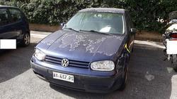 Volkswagen Golf car - Lote 2 (Subasta 4617)