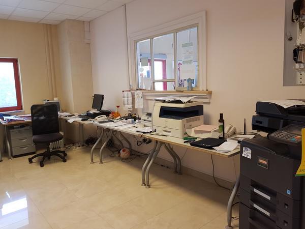 24#4631 Arredi e attrezzature da ufficio