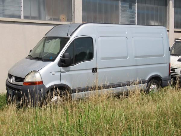 1#4645 Autocarro furgonato Renault Master