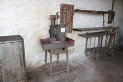 Rocast Grinding Machine - Lot 16 (Auction 4655)