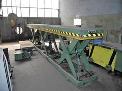 CFM hydraulic platform - Lot 5 (Auction 4665)