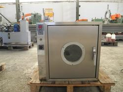 Ventilated oven - Lot 8 (Auction 4665)