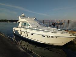 Mochi Craft Fly Motoboat - Lot  (Auction 4667)