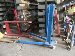 OMCN hydraulic platform lifter - Lot 16 (Auction 46820)