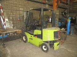 Clark CDP 25 forklift truck - Lot 6 (Auction 46820)