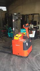 Linde L14 wide stacker - Lot 23 (Auction 4692)