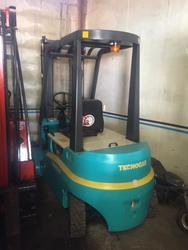 4 wheel Tecnocar forklift - Lot 6 (Auction 4692)
