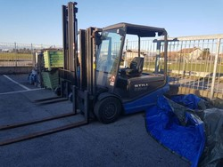 Still lift trucks and Elkron anti-theft system - Auction 4700