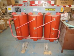Onda condenser and Gonella three phase transformer - Lot 0 (Auction 4708)