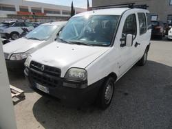 Autocarro Fiat Doblò
