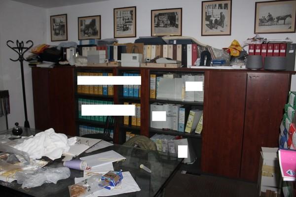 7#4716 Arredi ufficio e armadietti metallici