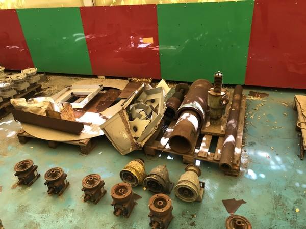 1#4728 Materiali e attrezzature per assemblaggi meccanici