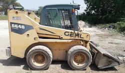 Gehl 6640 skid steer loader - Lot 1 (Auction 4733)