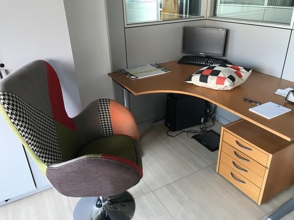 5#4739 Arredi e attrezzatura da ufficio