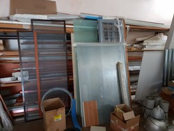 Doors and frames - Lot 9 (Auction 4744)