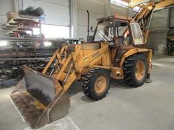 Case 580   G backhoe loader - Lot 15 (Auction 4752)