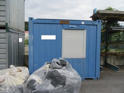 Containers - Lot 58 (Auction 4752)