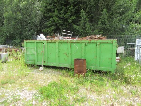 86#4752 Container aperti