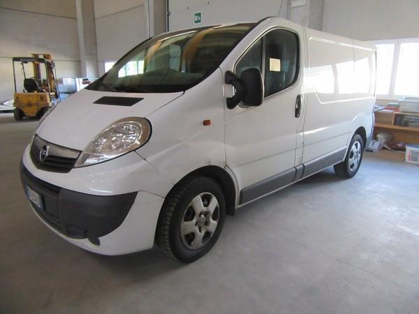9#4752 Autocarro Opel Vivaro