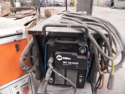 Miller welding machine - Lot 102 (Auction 4758)