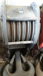Sewing machine Pfaff 487 900 - Lote 5 (Subasta 4761)