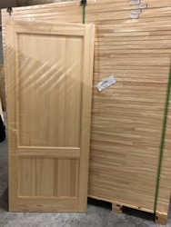 Door panels in solid larch wood - Lot 2 (Auction 4763)