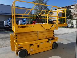 Haulotte Compact 12 vertical pantograph platform - Lot 1 (Auction 4778)