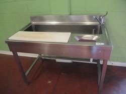 Washbasin - Lot 61 (Auction 4790)