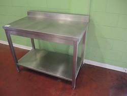 Table - Lot 70 (Auction 4790)