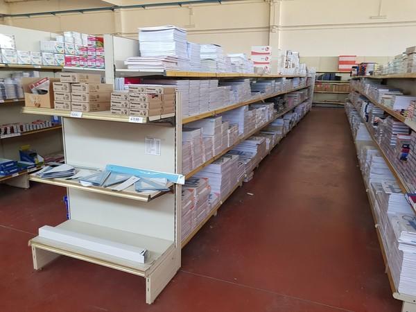 Immagine n. 29 - 3#4792 Arredi e attrezzature ufficio