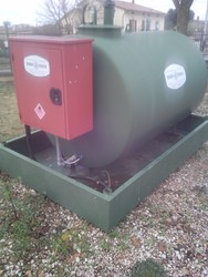 Tank with tank and electric pump - Lot 12 (Auction 4805)