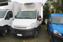 Iveco 35 E4 isothermical van - Lot 1 (Auction 4816)
