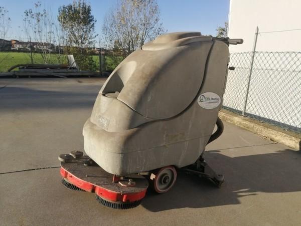 3#4821 Lavasciuga pavimenti industriale Comac Abila 52B