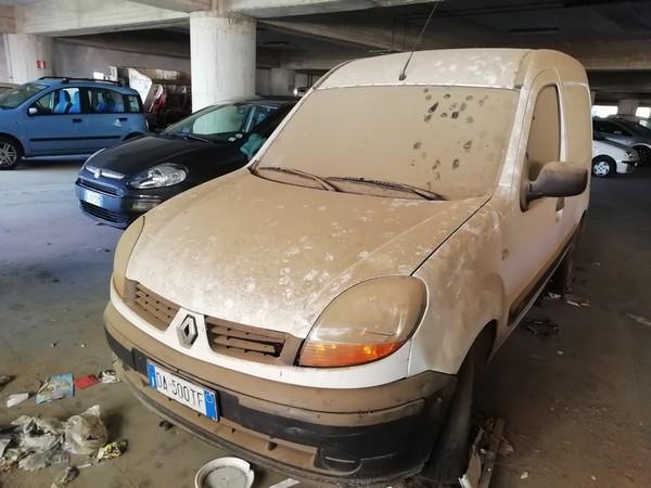 41#4856 Autovettura Renault Kangoo