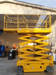 Haulotte Compact 12 vertical aerial pantograph platform - Lot 2 (Auction 4873)