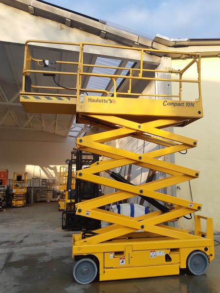 Immagine n. 6 - 3#4873 Piattaforma aerea verticale a pantografo Haulotte Compact 10