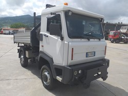 ZK 35 10 truck with trilateral tipper - Lot 0 (Auction 4880)