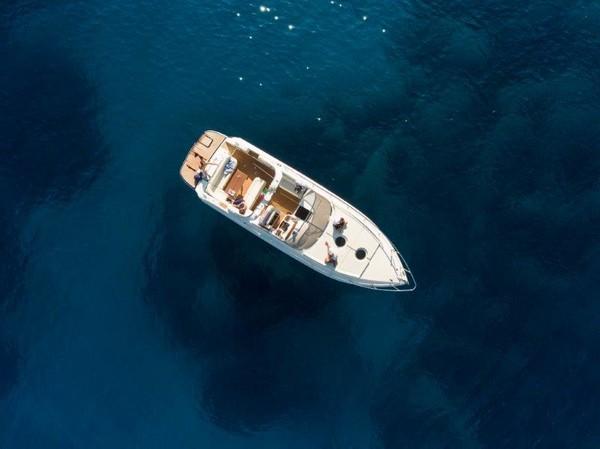 1#4888 Barca a motore Airon Marine 425