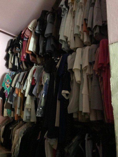 Immagine n. 4 - 1#4893 Abbigliamento e macchina da cucire Singer