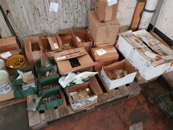 Inner tubes  flap and small tools - Lot 10 (Auction 4898)